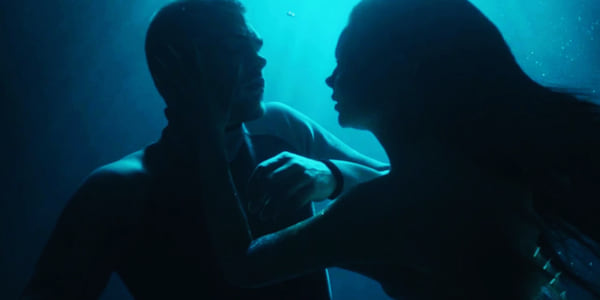 Ryn from Siren grabbing Ben's face., movies/tv, pop culture, wdc-slideshow