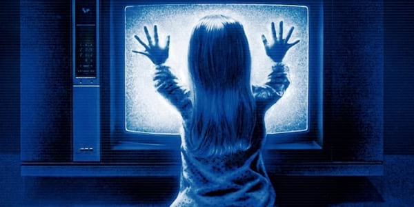 Scary movies, horror, poltergeist